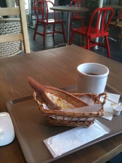 代々木公園内にあるフィットネス施設、WIRED CAFE FITがすごい